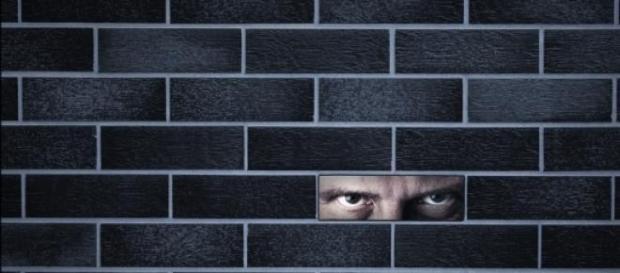 Perseguitata per 9 anni da marito stalker