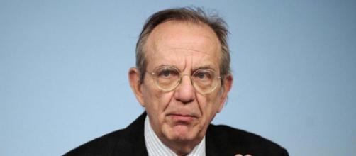 Il ministro dell'Economia, Padoan