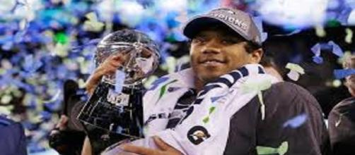 Russell Wilson is now the 2nd highest paid QB