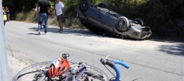 Cenário do acidente (Foto: JN)