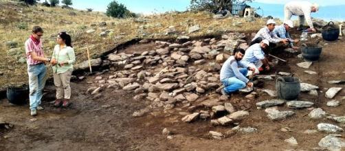 Gran fortaleza del Bronce Final del lago Mármara