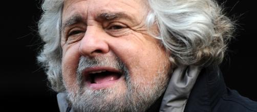 Grillo dal suo Blog denuncia il Parlamento.