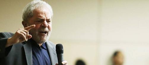 Lula pode se tornar ministro por indicações.