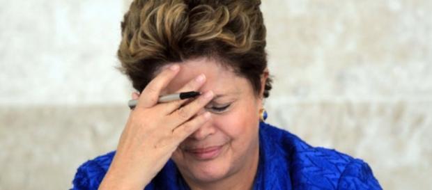 Mesmo em crise, Dilma quer passar confiança