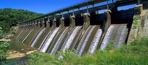 L'eau : un fragile élément naturel