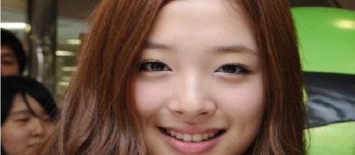 Sulli ex-integrante do grupo feminino sul coreano