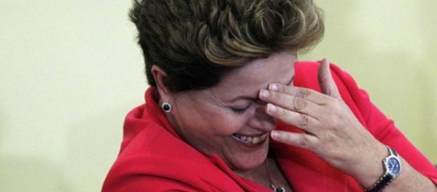 Dilma falará sobre impeachment no SBT