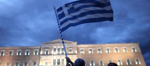 Pil grecia a sopresa in rialzo dello 0,8%.