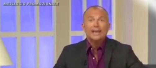 Giorgio Mastrota durante televendita
