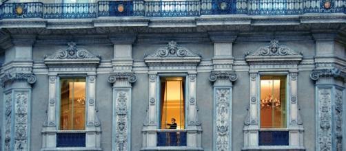 Hotel 7 estrellas en coqueta galeria de Milan