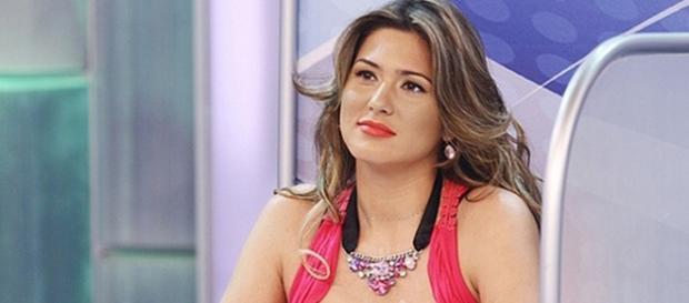 Lívia Andrade, poderá participar de A Fazenda 8