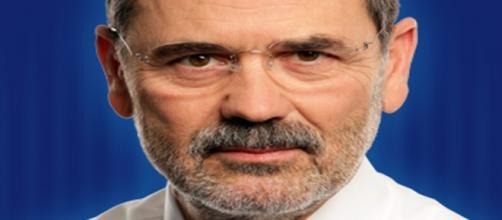 Gustavo Madero deja la presidencia del PAN