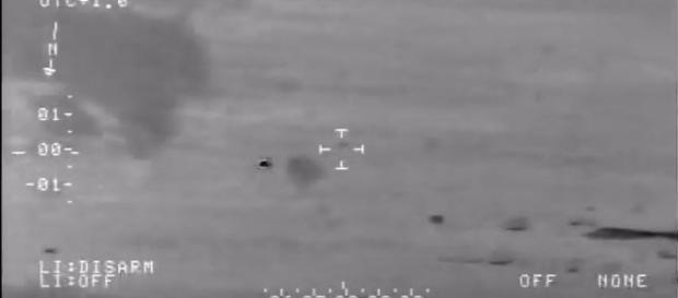 UFO ripreso dalla videocamera del jet