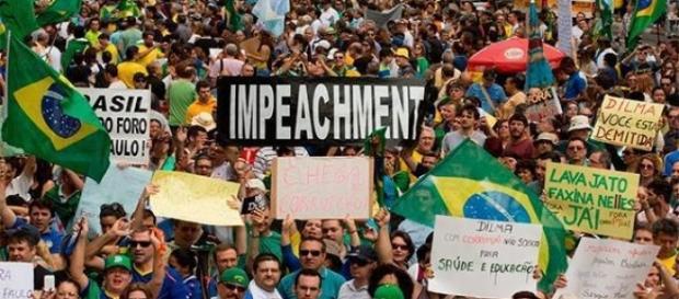270 cidades protestam pelo impeachment de Dilma