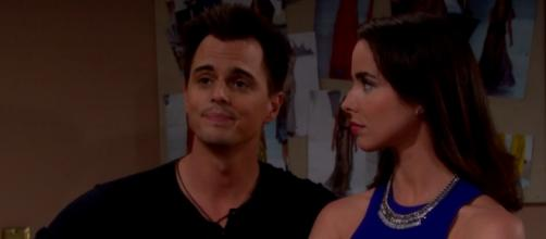 Ivy seduce Wyatt per averlo dalla sua parte?