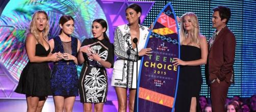 'Pretty Little Liars' levou 6 prêmios na noite