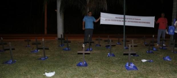 Xuxa estreia sob gritos de protestos