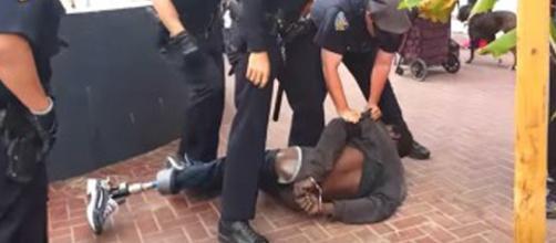 Fotograma del vídeo que muestra el el caso
