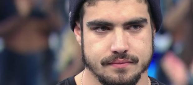 Caio Castro confirma irritação com Faustão