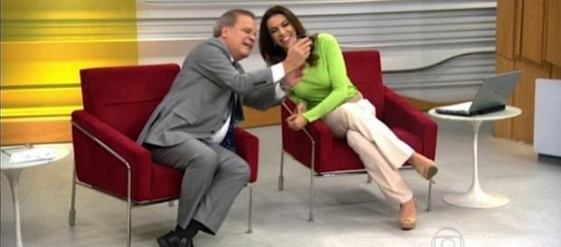 Ana Paula Araújo bate boca ao vivo