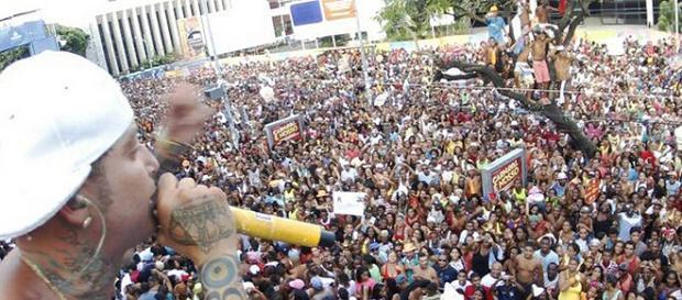 Igor Kannário arrasta uma multidão no Carnaval