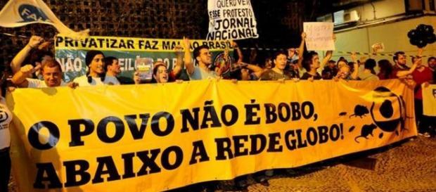 Taxistas acusam Globo de apoiar pirataria