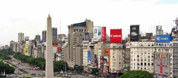 Buenos_Aires,_La_Plaza_de_la_República