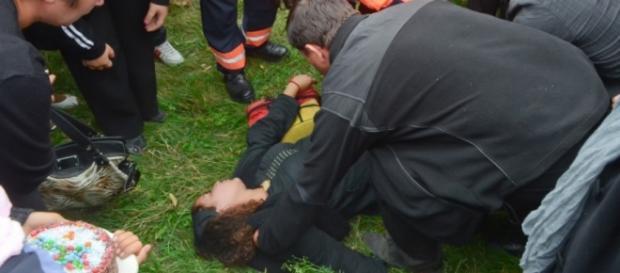 Un copil a cazut in gol si a murit