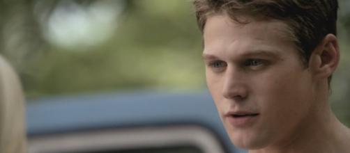 The Vampire Diaries: Zach Roerig in Matt Donovan