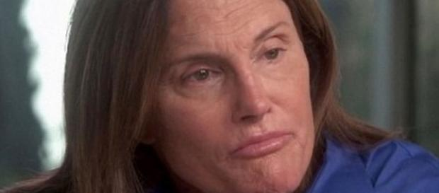 Caitlyn Jenner é culpada do acidente.