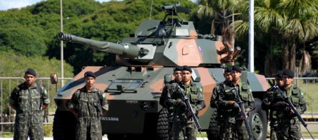Exército: vagas para profissionais e estagiários