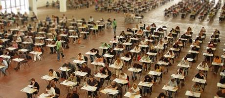 Insegnanti impegnati in un concorso