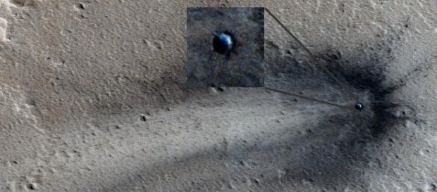 Oggetto precipitato nella pianura Elysium di Marte