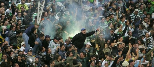 Torcedores do Sporting perderam a cabeça.