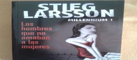 """El primer libro de la trilogía """"Millennium""""."""