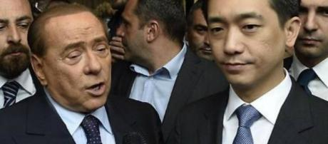 Berlusconi e Mr Bee nel primo incontro