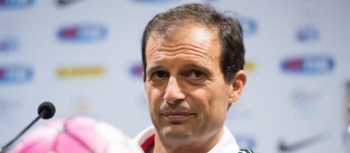 Juventus, Allegri attende il centrocampista