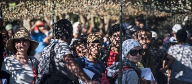 Emergenza rifugiati nei centri d'accoglienza Serbi