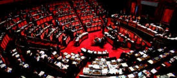 Sondaggi politici:Renzi crolla,crescono M5S e Lega