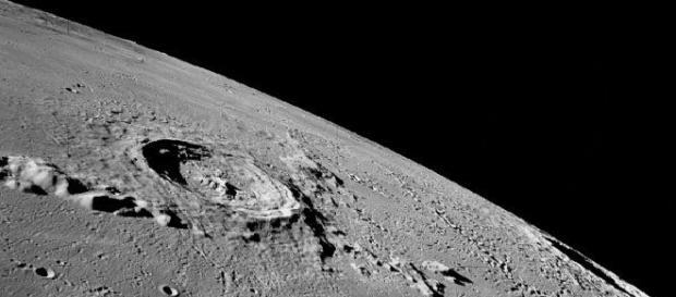 Astronauții au descoperit un înger pe Lună