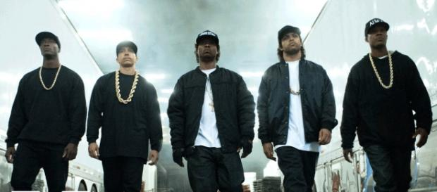 MC Ren, Dj Yellow, Eazy E, Ice Cube, and Dr. Dre
