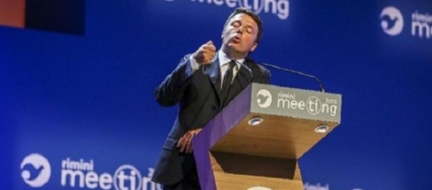 Renzi al Meetong di Cl: aboliremo Imu e Tasi