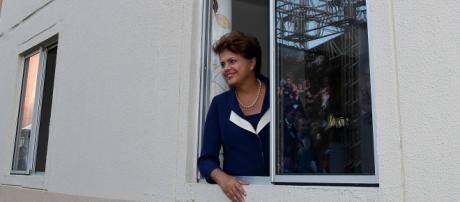 Dilma entrega unidades do Minha Casa Minha Vida