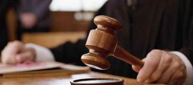 Justiţia decide in favoarea romanului