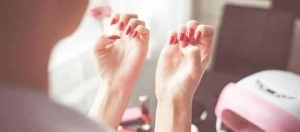 Manicure hybrydowy to wielka wygoda