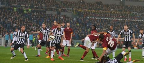 Roma-Juventus, le probabili formazioni.