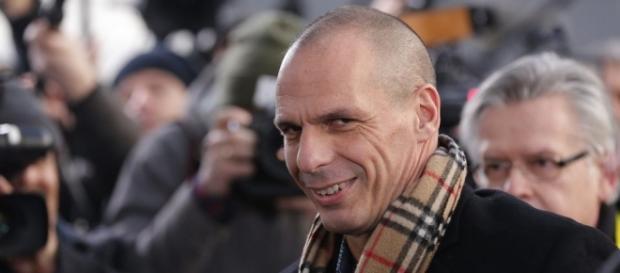 Yanis Varufakis vuelve al escenario político