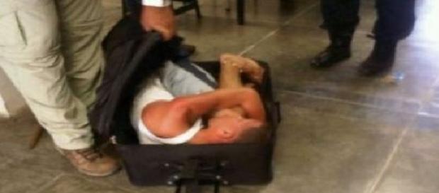 Emigrant marocan ascuns într-o valiză