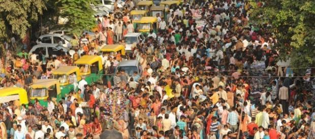India nel 2022 sarà lo stato più popolato al mondo