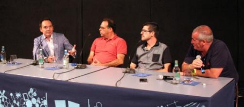 Debate tras 'Las caras de la noticia'